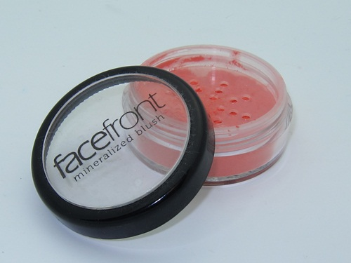 FaceFront Mineralized Blush Kept Coral 2
