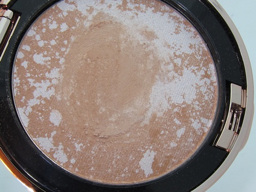 Josie Maran Argan Matchmaker Powder Foundation SPF 20 8