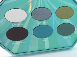 Tarina Tarantino Emerald Pretty Eyeshadow Palette Photos 1