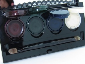 Make Up For Ever Black Tango Palette 5