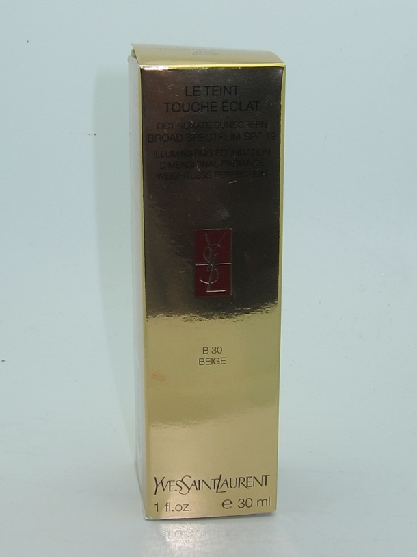 YSL Le Teint Touche Eclat Illuminating Foundation