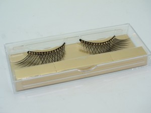 Dior Grand Bal False Lashes Gold Crystals