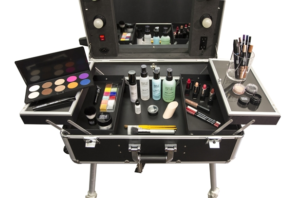 Make Up For Ever Be Your Own Makeup Artist Collection