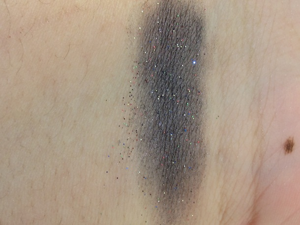Essence The Twilight Saga Breaking Dawn Part 2 Pigment Review & Swatches