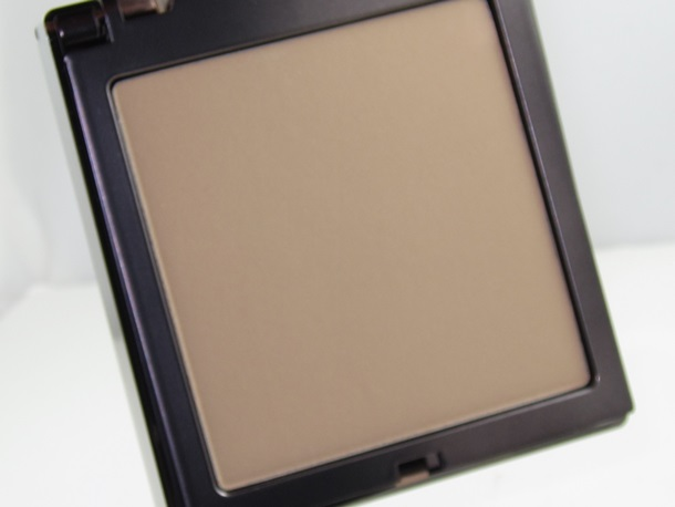 Urban Decay Light Naked Skin Ultra Definition Pressed Finishing Powder