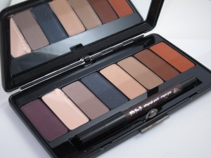 Kat Von D Ladybird True Romance Eye Shadow Palette