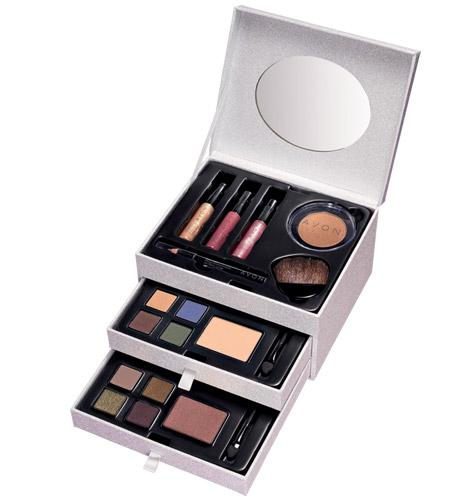 Avon Glided Treasures Makeup Set