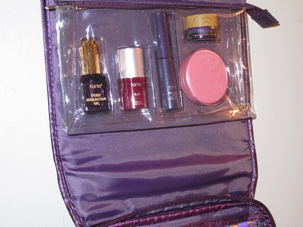 Tarte of Giving Collectors Set Travel Bag 36