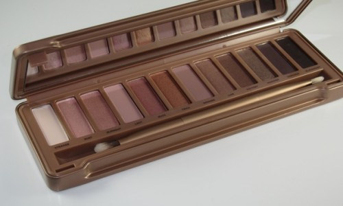 Urban Decay Naked 3 Eyeshadow Palette Review & Swatches