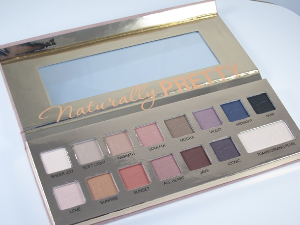 It Cosmetics Naturally Pretty Eyeshadow Palette24
