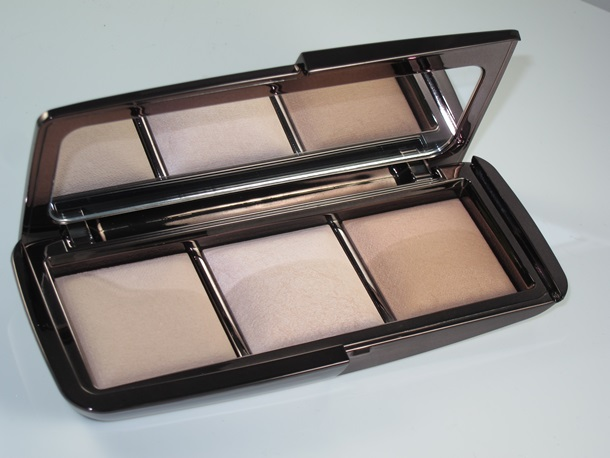 Hourglass Ambient Lighting Palette Permanent