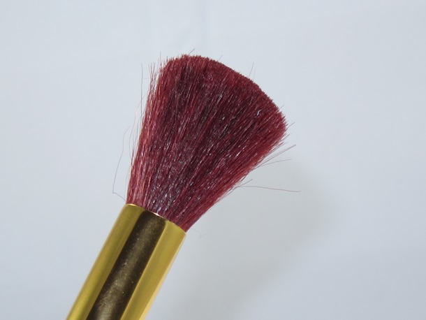 E.L.F. Snow White The Fairest of Them All Brush Collection 6