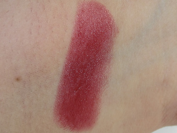 MAC Gospel Lipstick swatches