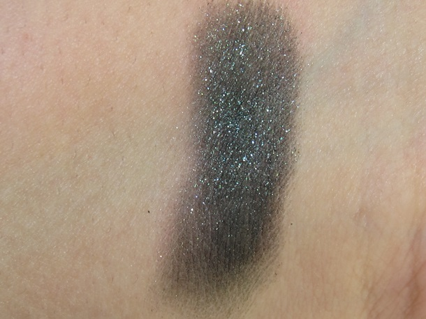 Revlon Luxe Creme Eyeshadow swatches