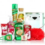 Bath & Body Works Jolly Jolly Picks Holiday Traditions Pail Available Now