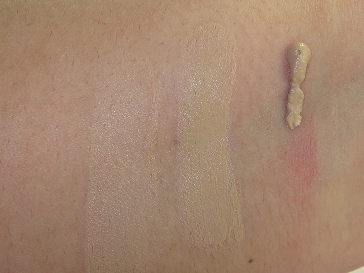 Maybelline Dream Velvet Soft-Matte Hydrating Foundation Swatches (Nautral Beige)
