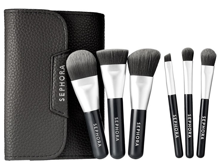 sephora-mini-deluxe-charcoal-antibacterial-brush-set